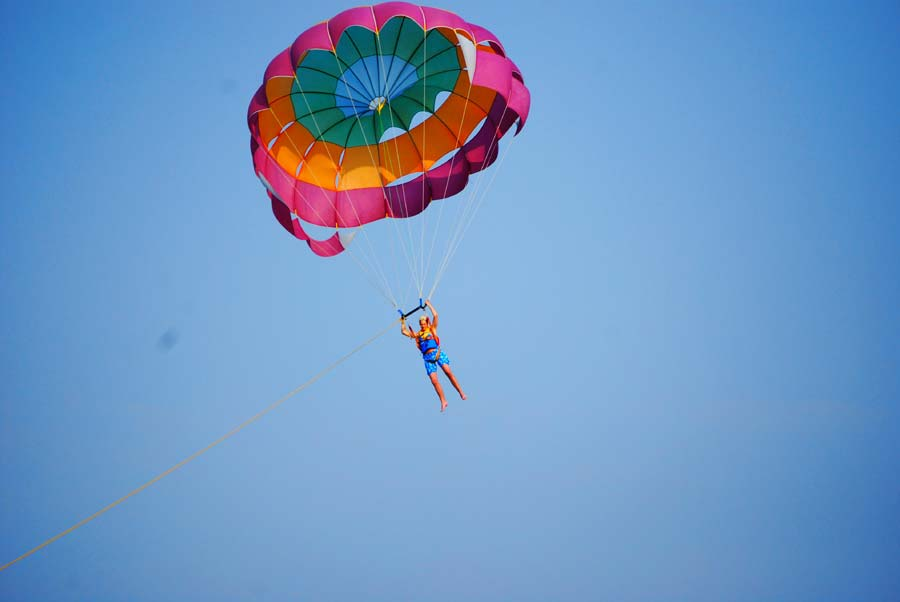 dassia-corfu-parasailing-summer-activities-water-sports-adrenaline-fun-holidays-vacation-corfu
