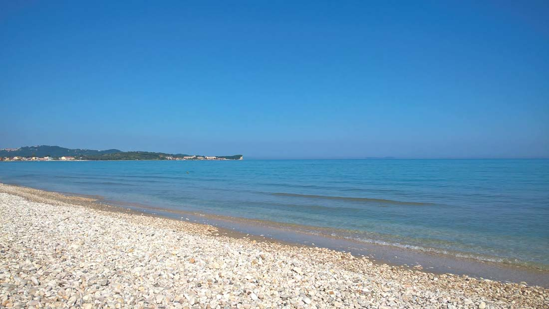 acharavi-beach-coast-corfu-north-corfu-pebbles-sun-sea-seaview