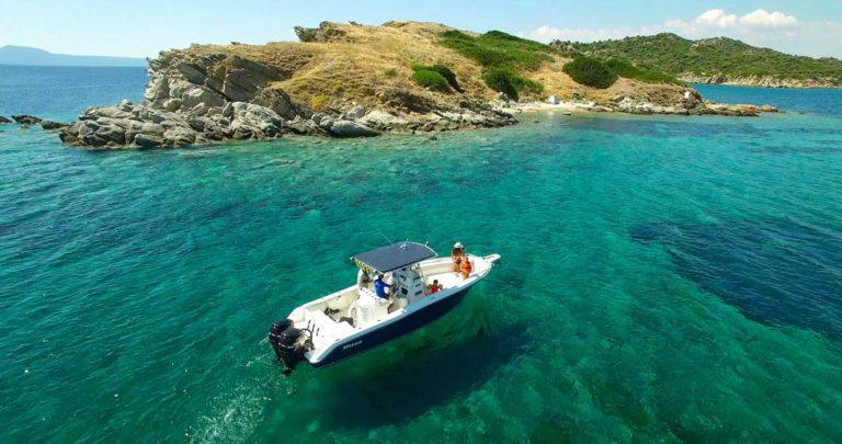 boat-ride-ride-with-a-boat-corfu-sun-dassia-ski-club-Dassia-beach-coast-fun-summer-resting-landscape-blue-waters-rocks-family-friends-company