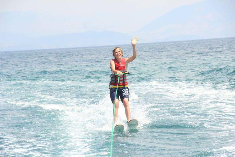dassia-corfu-waterski-summer-activities-water-sports-adrenaline-sports-practice-fun-holidays-in-corfu